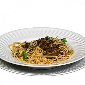 Espaguettis con Rabo de Toro